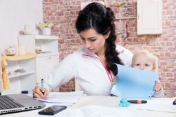 Leaders Can Learn a Lot from Working Moms